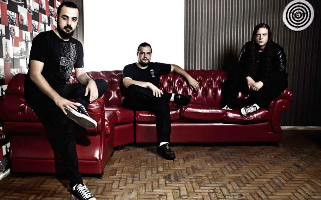 """""""É impossível não se apaixonar por esse disco"""", diz Adair Daufembach sobre novo álbum do Maestrick"""