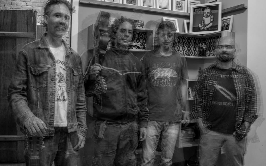 Maldito Rock: Seu Juvenal estreia show com releituras de malditos da MPB na 12ª Mostra de Cinema de Ouro Preto