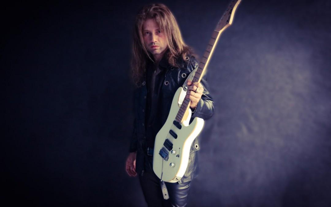 """""""Rebellion"""", novo álbum de Kiko Shred, já disponível pela Heavy Metal Rock"""